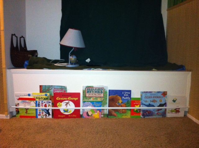 Kids Book Shelf   I may shift this idea to the bench back that you see above the books but I'm thinking of making cushions for reading area.  Stay tuned.