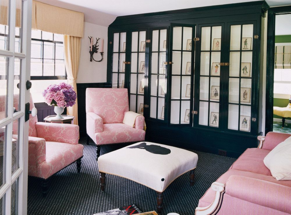 pink and black living room, pantone pink lavender, light ...