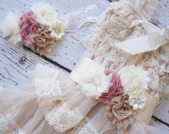 encaje vestido de niña niña vestido de flores por PoshPeanutKids