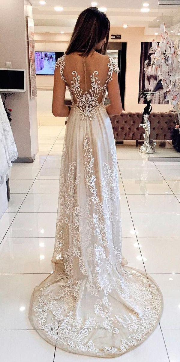 5a44ff841a87 Pin di matildolina su abiti da sposa e accessori per il matrimonio  -uncinetto e non -