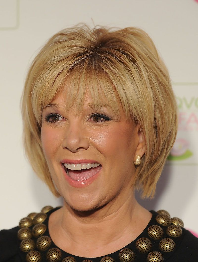 Short Hairstyles For Women Over 50 With Fine Hair and Round