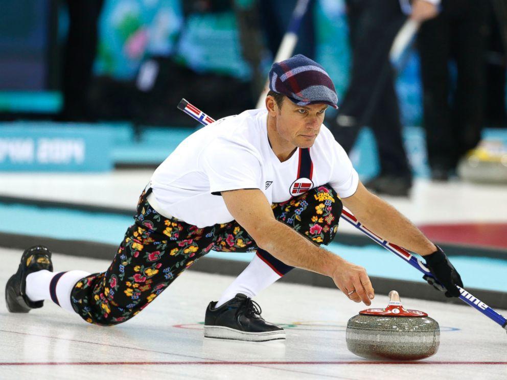nike roshe run mens 2014 curling team