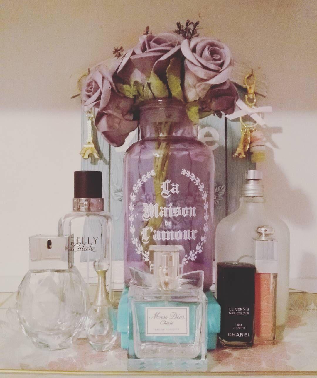 Vassoio rubato sogno realizzato! #myroom #parfum #flowers #girl