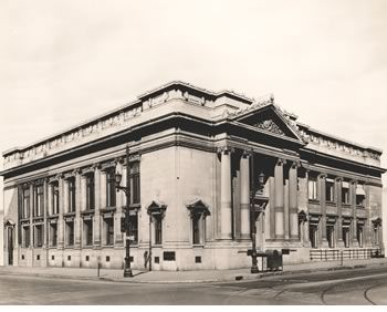 Louisville branch of the St. Louis Fed. Bank, corner of 5th and Market Streets. 1920's
