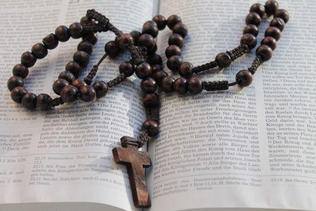 23++ Gambar berdoa katolik ideas