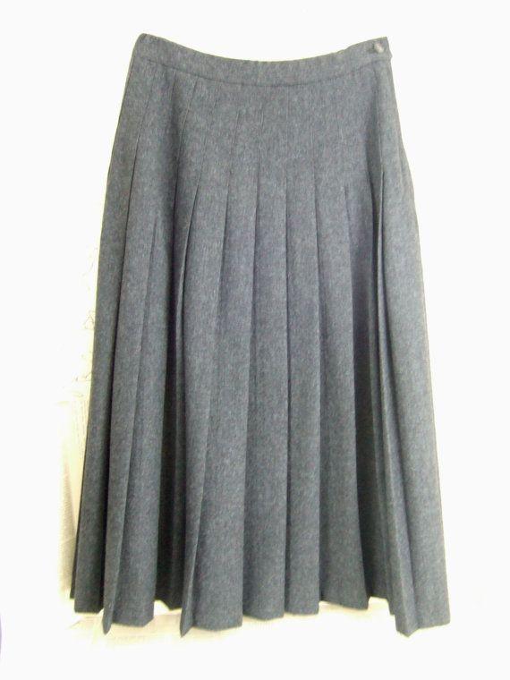54a0232366 VINTAGE gray WOOL Pendleton long PLEATED Skirt by jennyelkins, $15.00