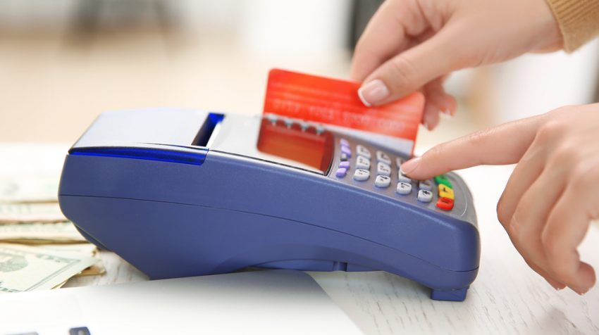 The 4 Best Credit Card Processing Options For Small Businesses Small Business Trends Small Business Credit Cards Credit Card Processing Small Business Trends