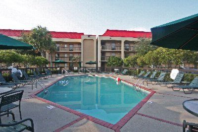 Gulf Islands Lodging Hotels Near Water Park In Gulfport Ms Mississippi