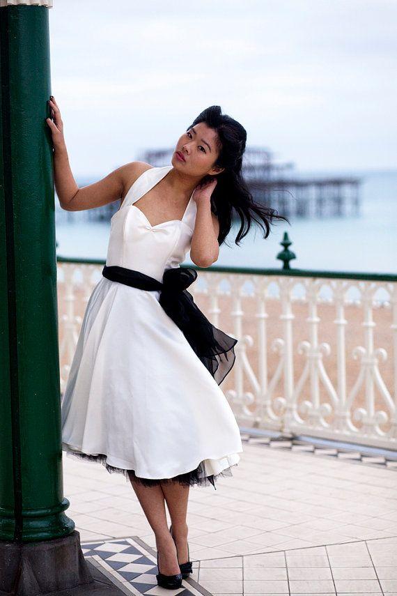 Mia  50er Jahre Stil Kleid mit Herzogin satin von louiseomahony, $178.00