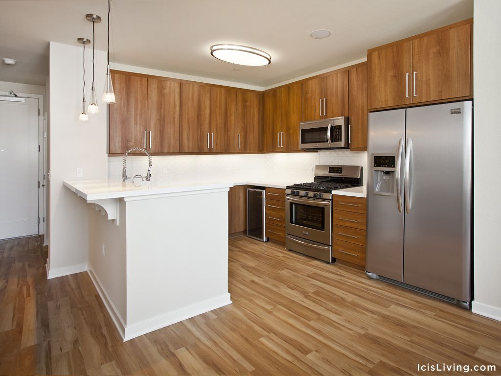 Brio Apartment Homes Sophisticated Residences With Exquisite Amenities Now Leasing In The Heart Of Glendale California Los Angeles Apartments Apartment Home