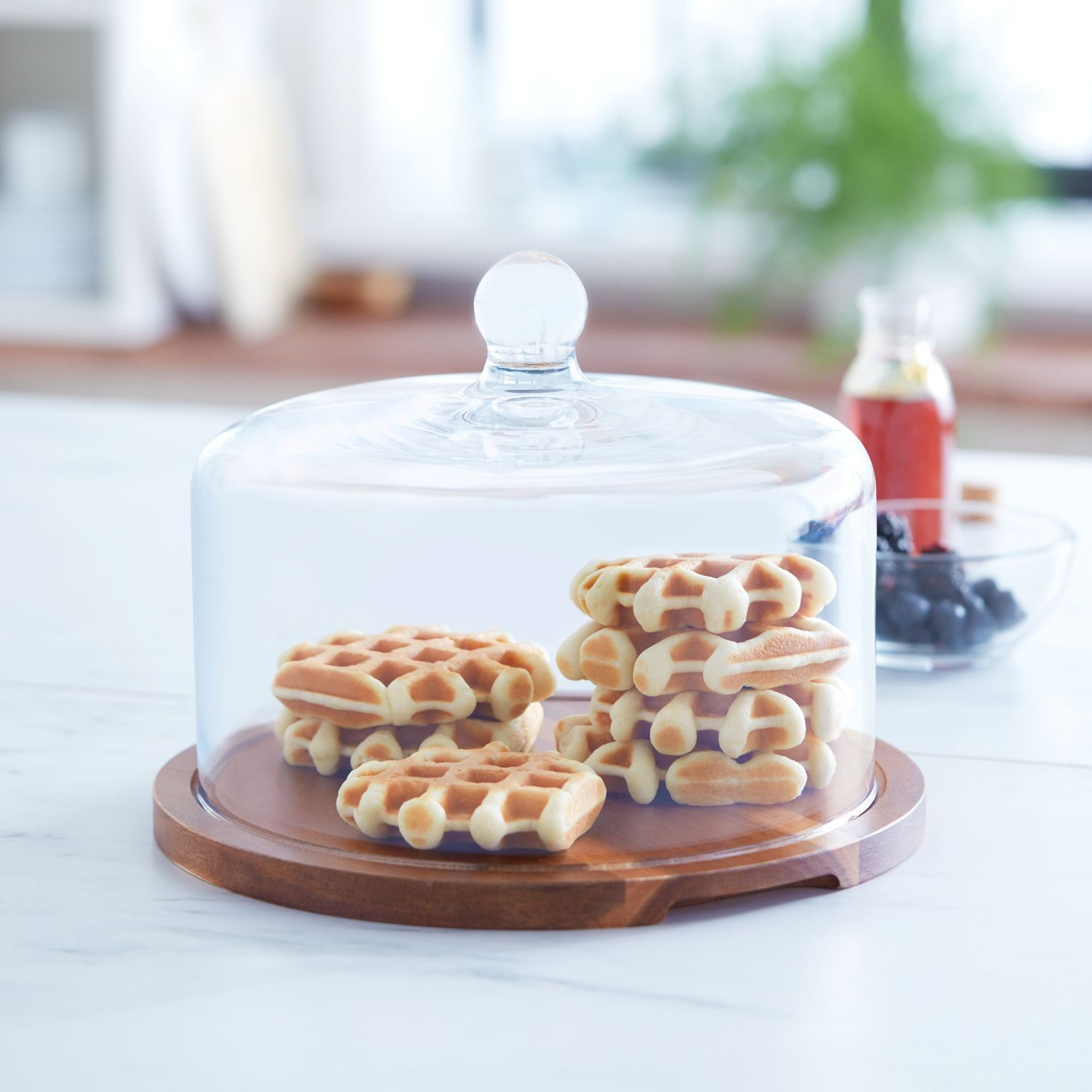 Libbey flat round wood server with glass dome wood cake