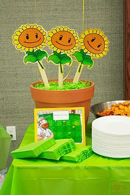 Fiestas infantiles decoraci n plantas vs for Decoracion con globos plantas contra zombies