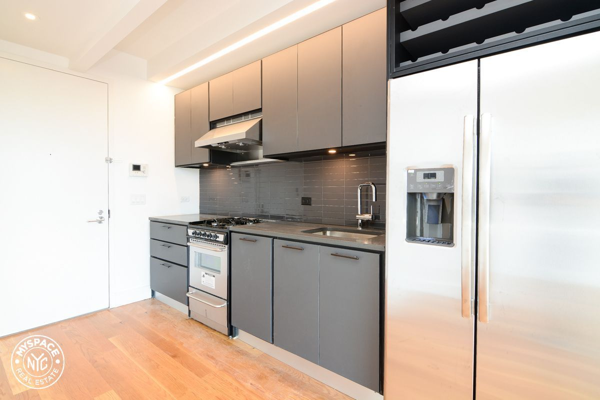 608 Franklin Ave. #404 in Crown Heights, Brooklyn | StreetEasy