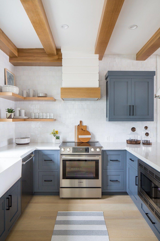 Applying 16 Bright Kitchen Paint Colors: Bright & Calming Kitchen: 10 Prime Blue Kitchen Ideas