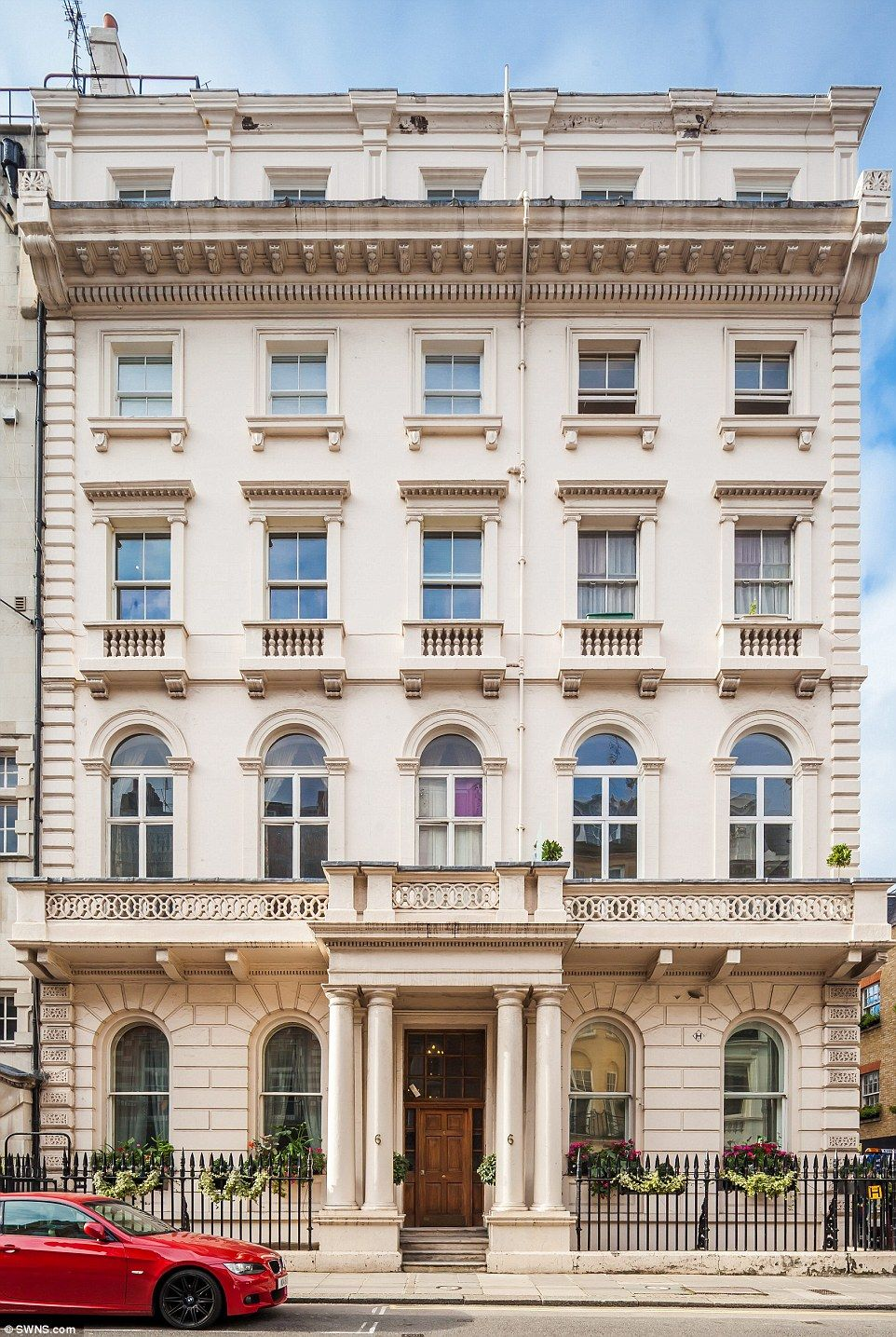 Onebed Mayfair flat on sale for £1.25million Building