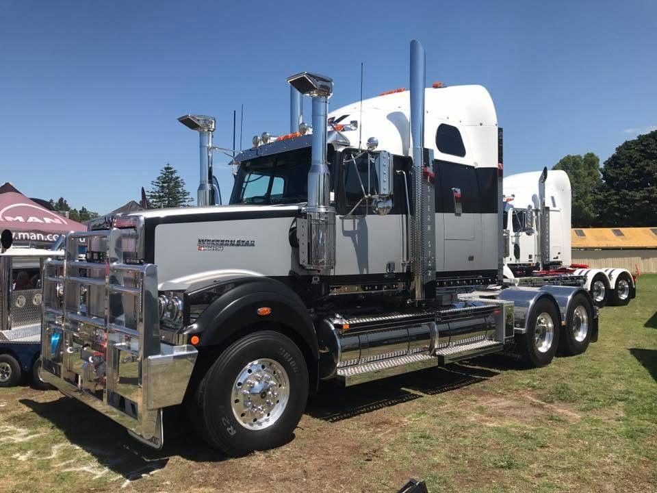 Pin By Bob Johnson On Big Trucks Western Star Trucks Big Trucks Classic Trucks