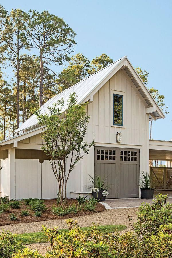 Find more ideas: Backyard Detached Garage With Apartment
