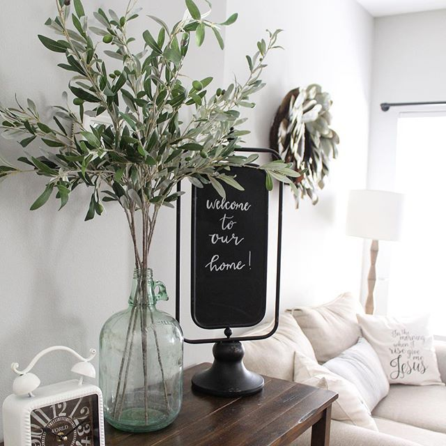 Entry way glass vase with olives leaves | Home Design ...