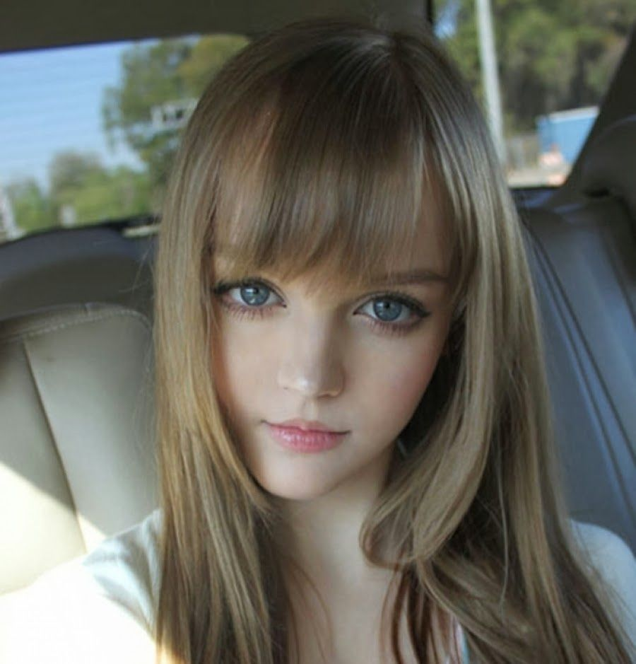 Blonde Hair Blue Eyes But Asian Features  Big Eyes -4632