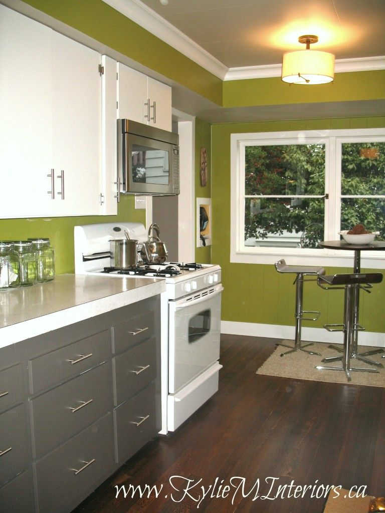 Drab To Fab Budget Friendly Laminate Cabinet Kitchen Remodel Green Kitchen Walls Budget Friendly Kitchen Remodel Laminate Kitchen Cabinets