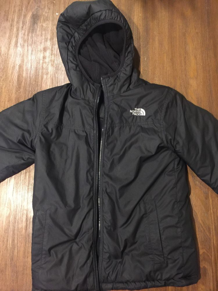 917f801ec Boys North Face Reversible Black Jacket size 10 12  fashion ...