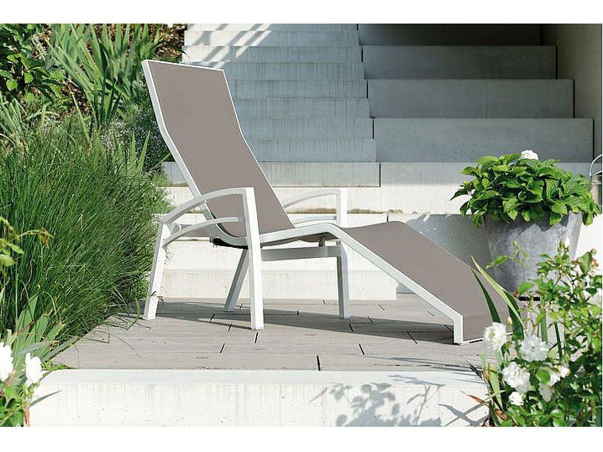 Stern Sonnenliege Balance Aluminium Weiss Textil Taupe Kaufen Im Borono Online Shop Outdoor Furniture Outdoor Decor Furniture