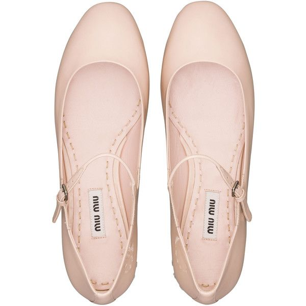 Miu Miu Ballerinas (5 135 SEK) ❤ liked on Polyvore featuring shoes, flats, sapatos, pink, pale pink, mary jane flats, patent ballet flats, pink flats, patent leather ballet flats and ballet shoes