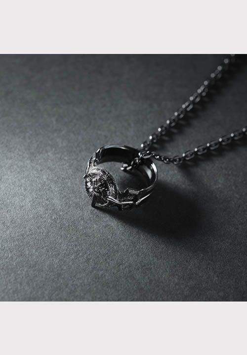 Final fantasy xv silver pendant ring of the lucii final fantasy final fantasy xv silver pendant ring of the lucii square enix store dark soulsfantasy aloadofball Choice Image
