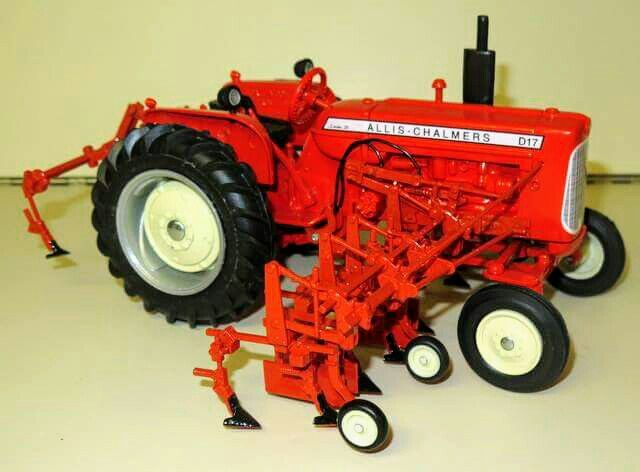 allis chalmers diecast tractor models