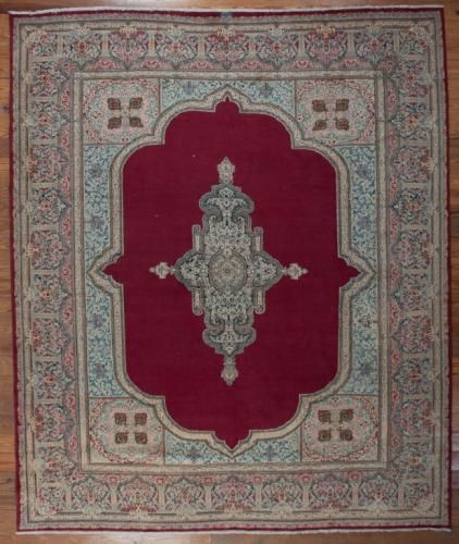 Old Persian Royal Kerman 10 3 X 12 1 Rug Price Estimate 5000 6000 Rugs On Carpet Simple Carpets Patterned Carpet