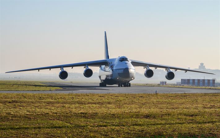 Lataa kuva 4k, Antonov An-124 Ruslan, An-124, Ukrainalainen kuljetuskone, kiitotien, lentokenttä, Antonov, lentorahti