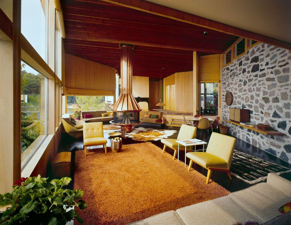 Interior of Miller Cottage in Muskoka, Ontario, Canada in 1952, designed by Alexander Girard.