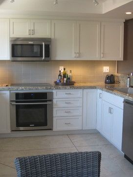 Beach Condo Kitchen Remodel - beach style - kitchen - los ...