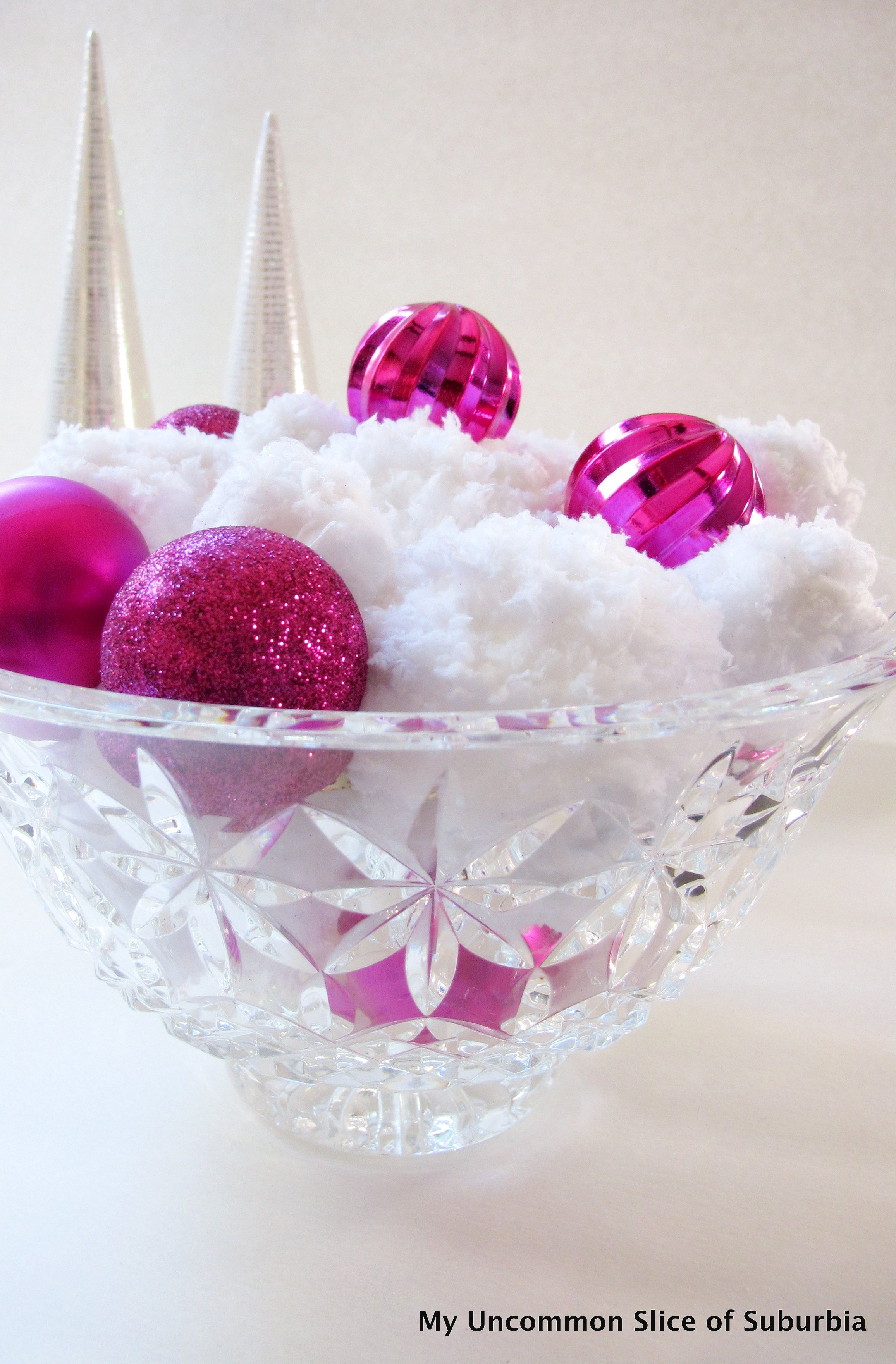 Five Minute Crafts: DIY Faux Snowballs | Snowball, Craft and Holidays