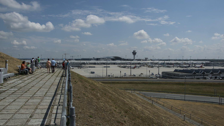 Aussichtshügel am Flughafen München