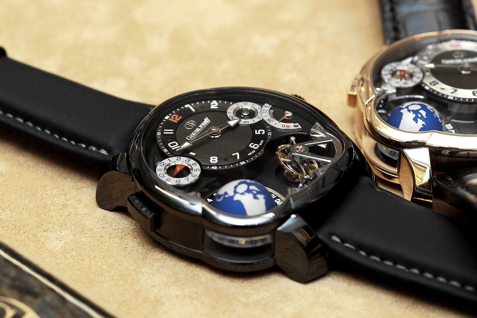 Greubel-Forsey-GMT-Black-and-Gold-4_DxO.jpg