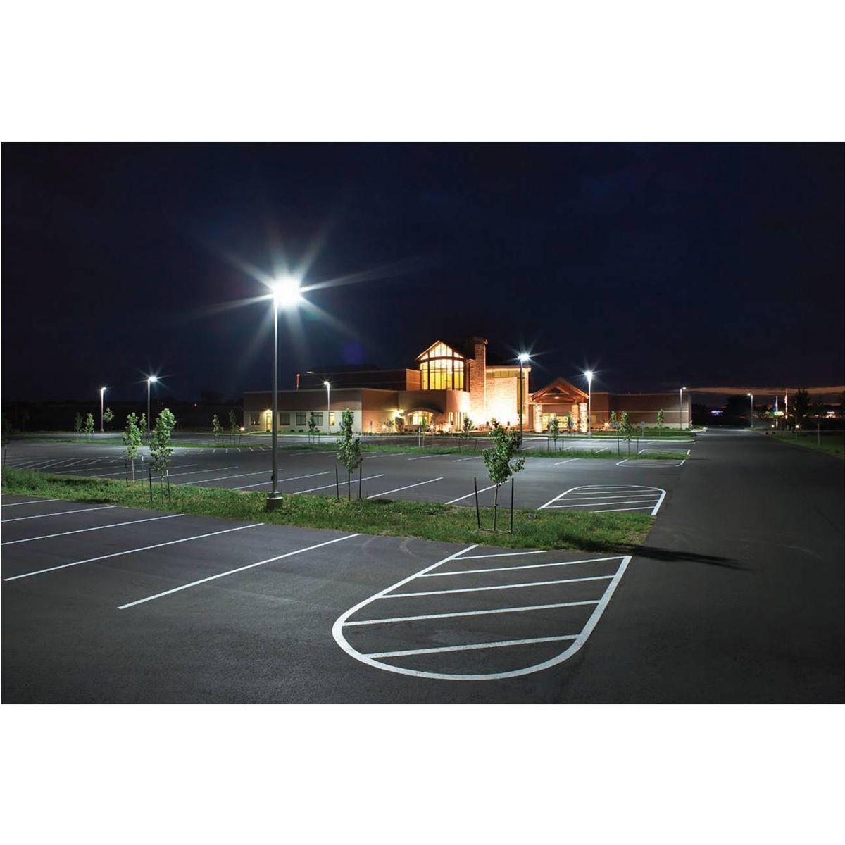 Super Bright 100w 11000lm Daylight White Led Parking Lot Lights With Slip Fitter Waterproof 250w Hps Equiv Waterproof Shoebox Light For Docks Driveways Backyards 5000k Daylight White Dlc Ul Listed In 2020