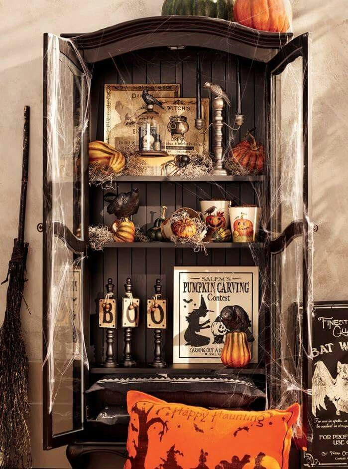 Pin by Anna Cordes on Halloween Decorations Pinterest - decorate house for halloween