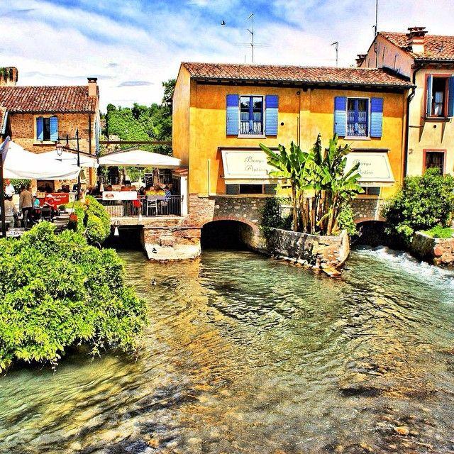 #Borghetto a romantic italian paradise  #Italy johnenpieter.com