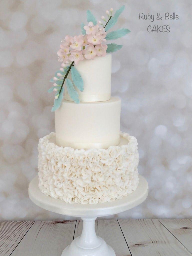 Pin by Darlene Proctor on A Modern take on Cake | Pinterest | Belle ...