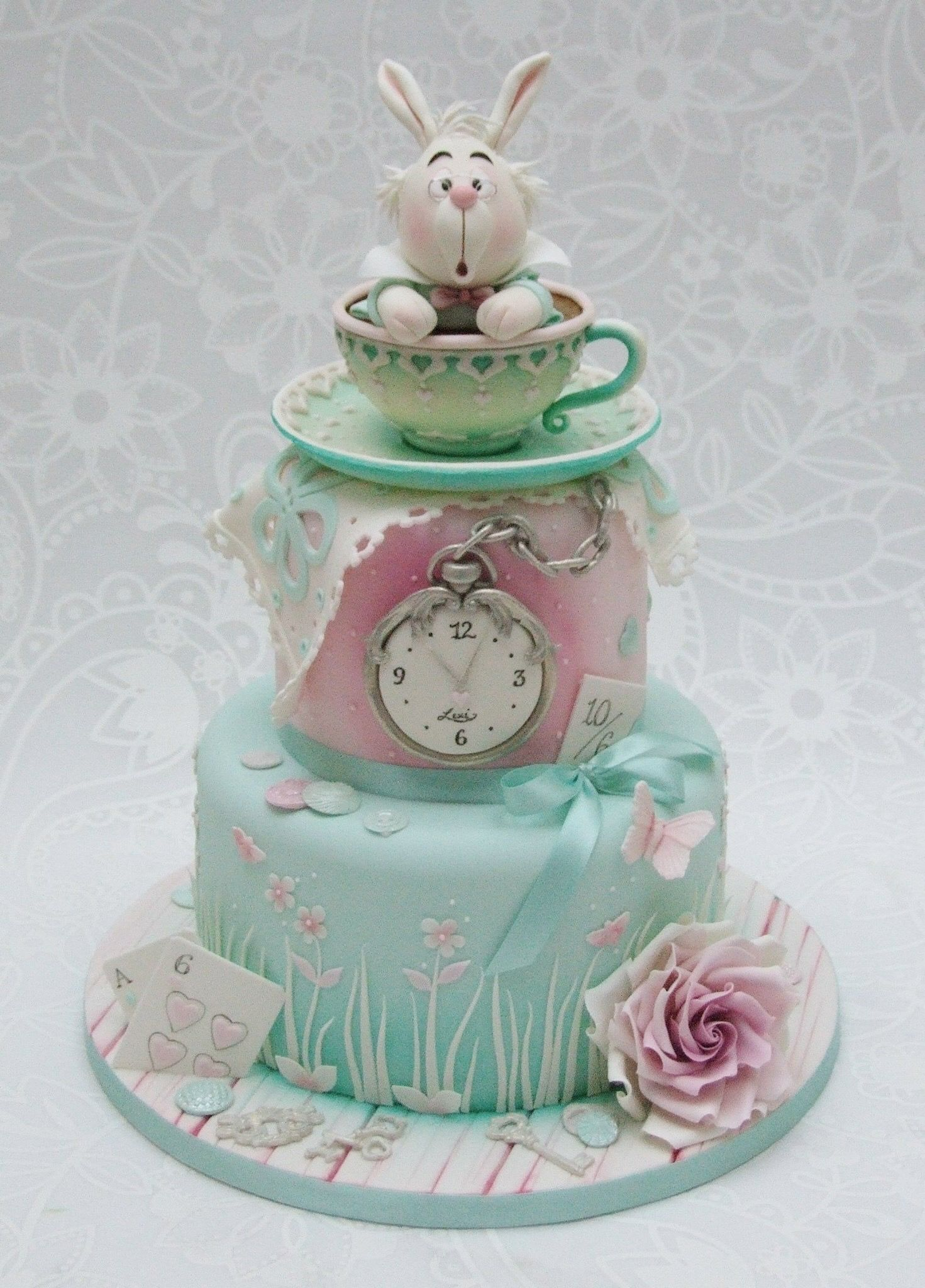 Emma Jayne Cake Design Alice In Wonderland Cake Theme Alice In