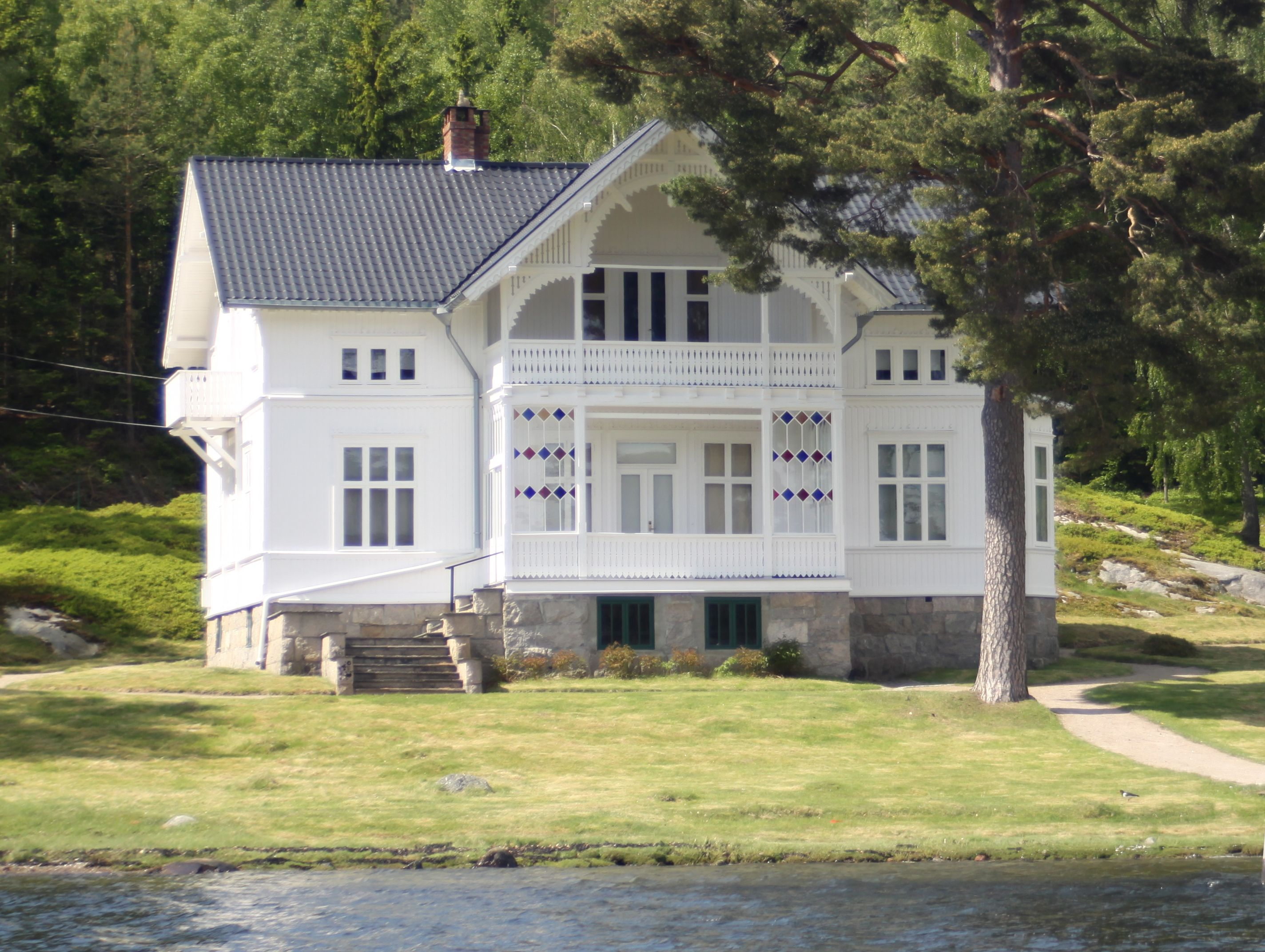 summer house at hankø norway once owned by diana ross next door