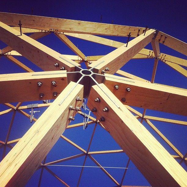 geodesicdome architecture iheartbuckminsterfuller geodesic dome pinterest bau kuppel. Black Bedroom Furniture Sets. Home Design Ideas