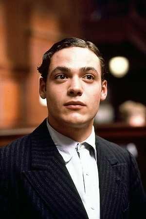 Jacob Katadreuffe (Fedja van Huêt) Karakter (1997) Abogados - movie presumed innocent