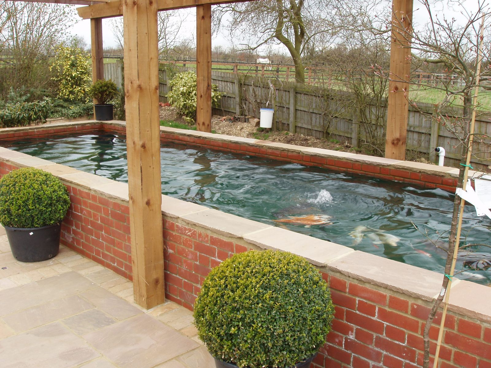 Ponds And Water Features Www Wallisandbarrett Co Uk