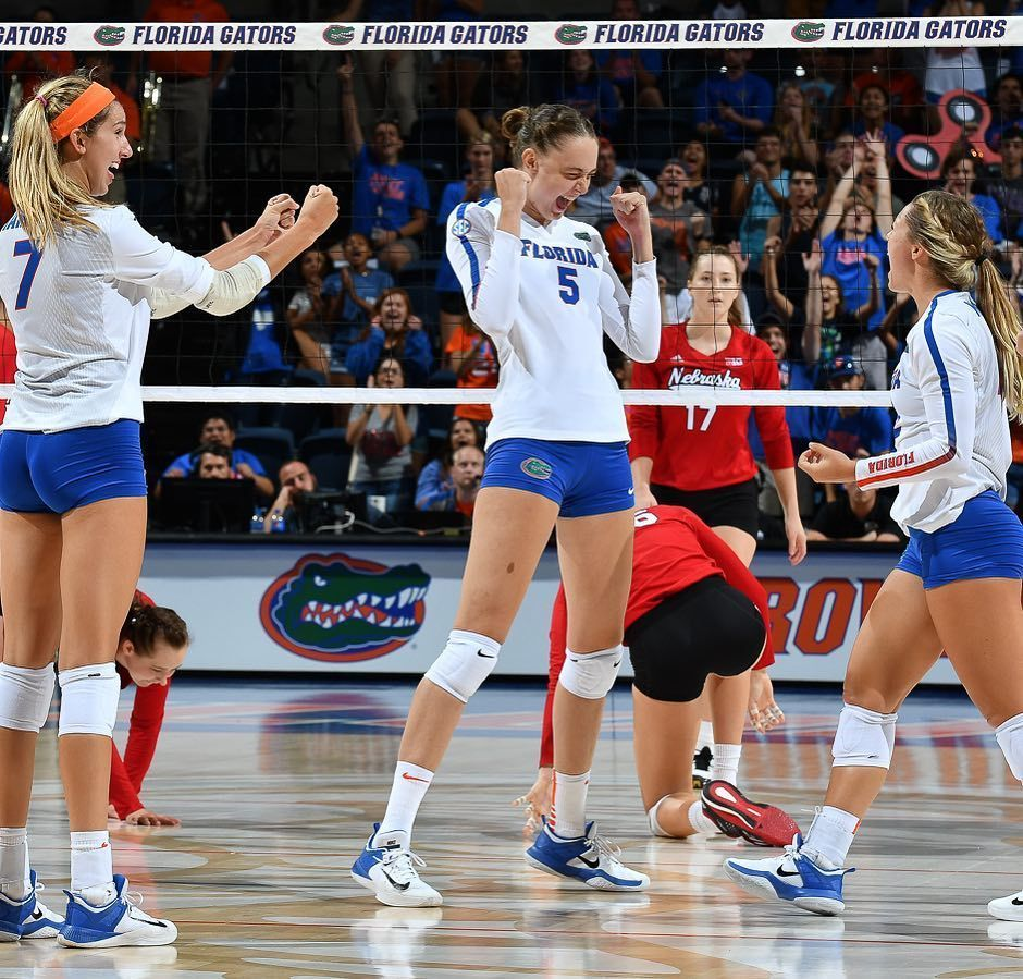 Gefallt 1288 Mal 5 Kommentare Florida Gators Volleyball Gatorsvb Auf Instagram Whe In 2020 Volleyball Workouts Beach Volleyball Workout Female Volleyball Players