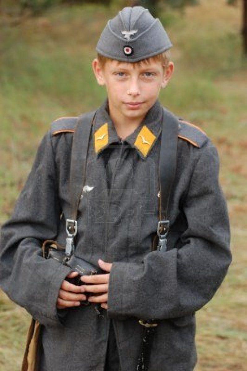CHERNIGOW, UKRAINE - AUG 29: Member of Red Star military ...