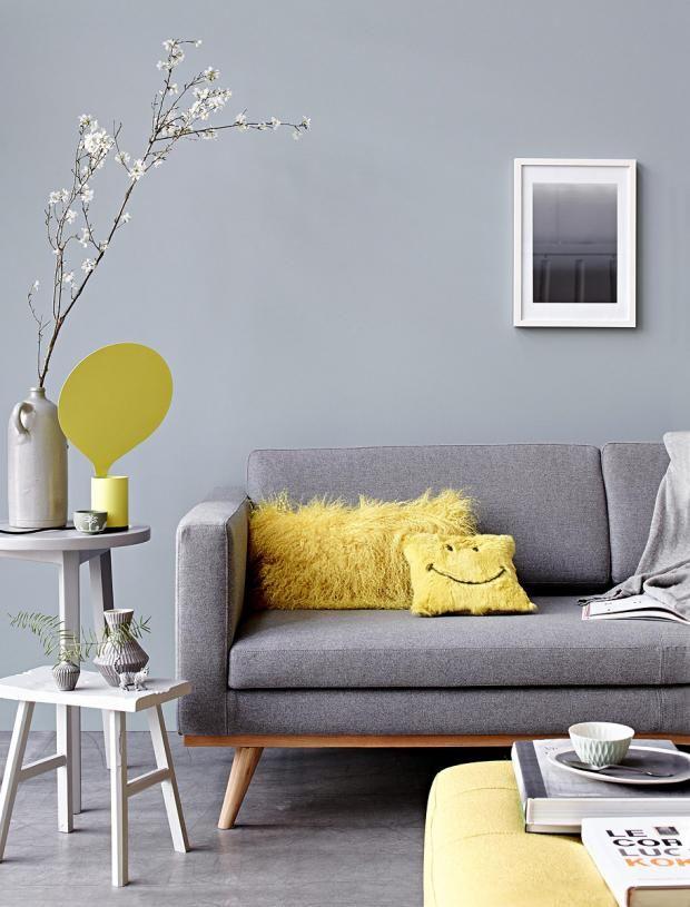 Wohnen mit Farben - Mit den Trendfarben Grau und Gelb Sitzecke - gelbe dekowand blume fr wohnzimmer