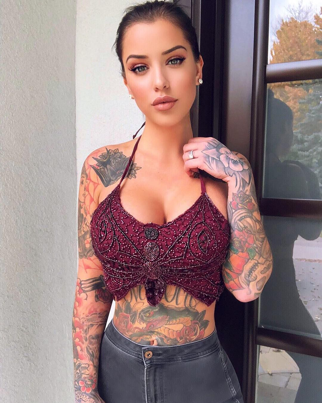 "fe05c0f123b Laurence Bédard on Instagram: ""Top from @fashionnova"" 