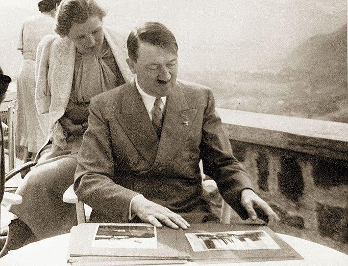 Muchas de las fotos que tenemos de Hitler fueron realizadas por su amante Eva Braun.